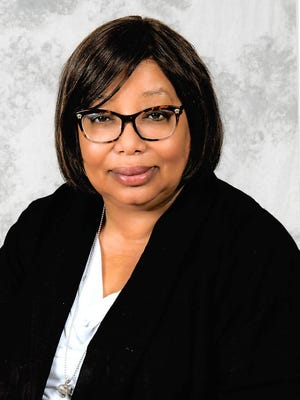 Elizabeth Davenport, president of FAMU's chapter of the United Faculty of Florida thanked interim President Larry Robinson for supporting faculty.
