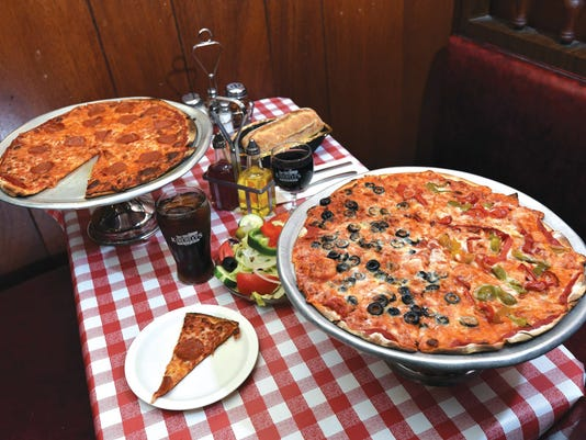Kinchley's pizza