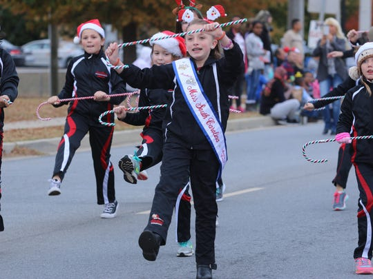 The Greater Mauldin Chamber of Commerce present the annual Mauldin Christmas Parade .Saturday December 3,2016
