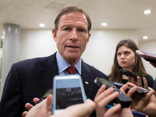 Sessions supera voto del Senado y se convierte en el fiscal general de EE.UU.