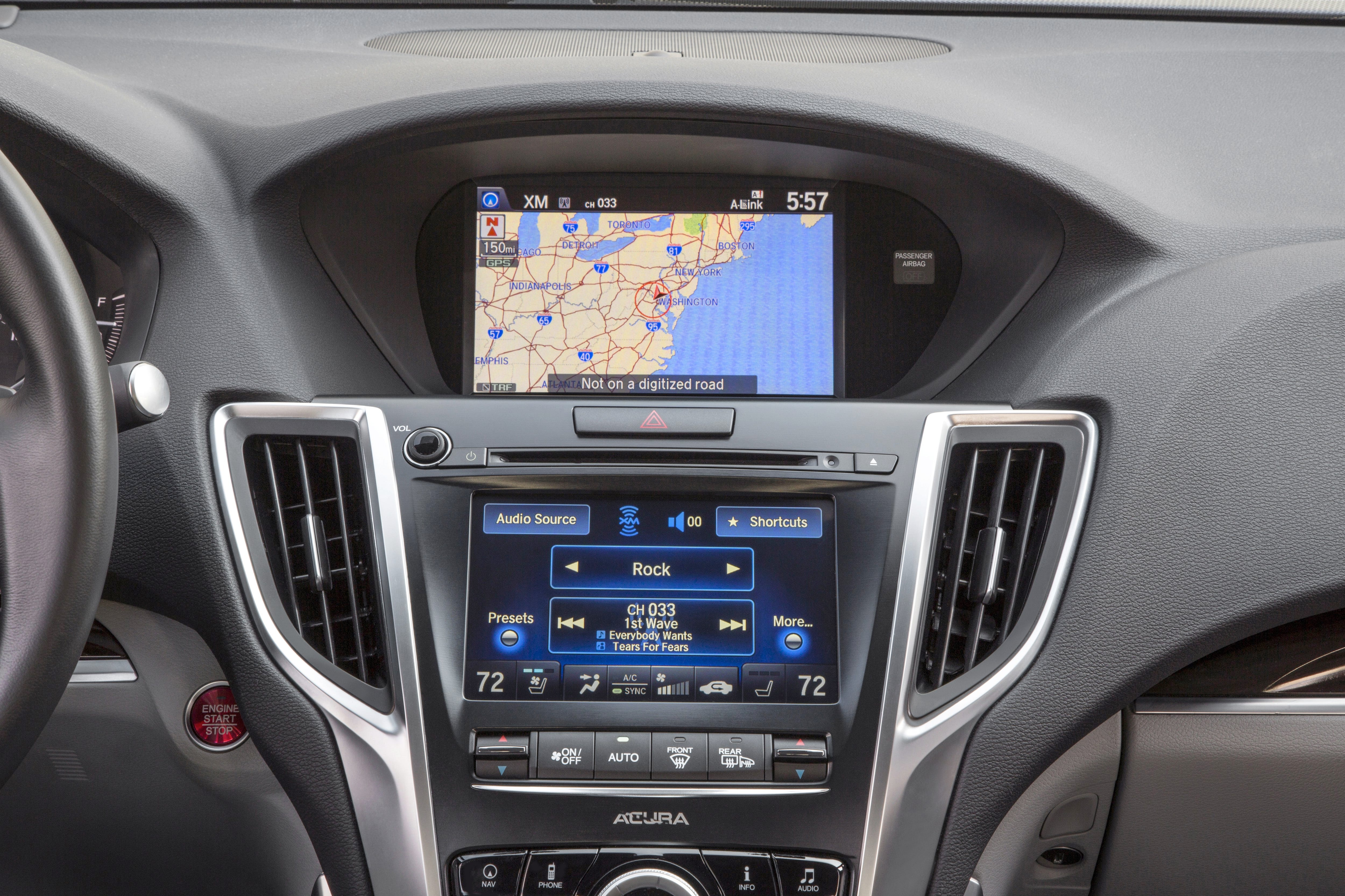 The Main Flaw In The 2015 Acura TLX Is The Dual Screen