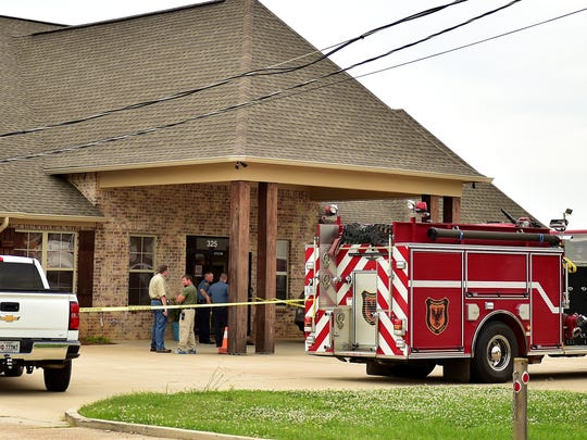 Madison County sheriff's deputies and Gluckstadt firefighters