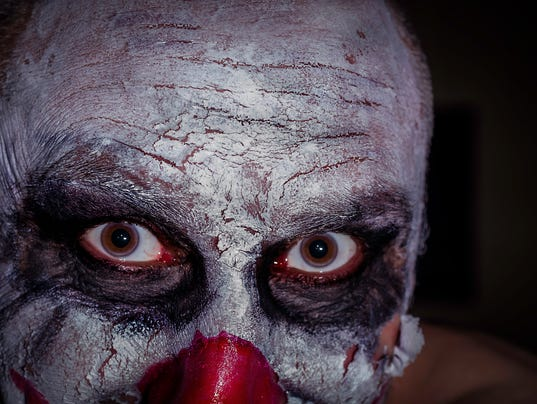HES-STOCK-CLOWN-050416