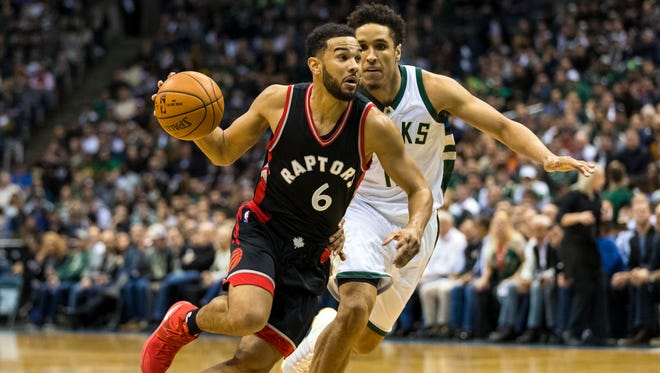 The Pacers and Toronto Raptors are engaged in trade talks for Cory Joseph. Here, he (6) drives for the basket around Milwaukee Bucks guard Malcolm Brogdon (13) during the second quarter in game six of the first round of the 2017 NBA Playoffs at BMO Harris Bradley Center.
