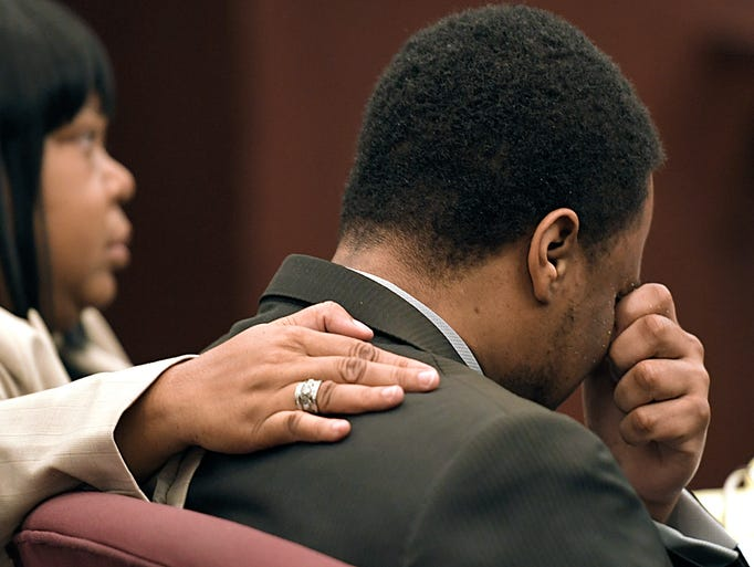 Timothy Batts cries during his trial in Sumner County