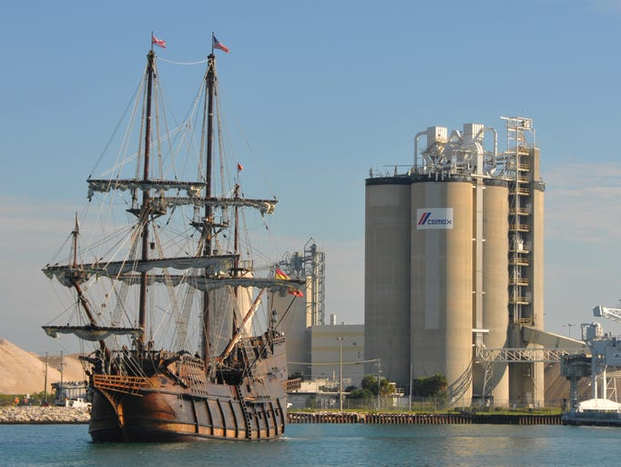 what 39 s up with the pirate ship blocking the port canaveral. Black Bedroom Furniture Sets. Home Design Ideas