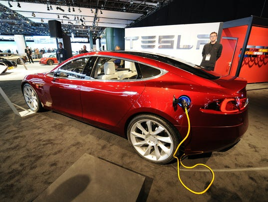 TeslaModelSDetroitShow2010