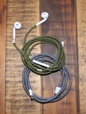 Elewraps provides wraps in a variety of colors so phone chargers and headphones can be easily distinguished.
