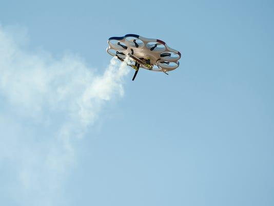 635920313144815085-DRI-DroneAmerica-DAx8-flighttest.jpg