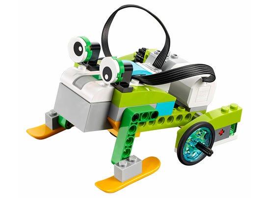 The LEGO WeDo 2.0.