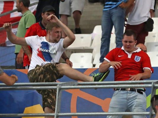 AP SOCCER EURO 2016 ENGLAND RUSSIA S SOC WSOC FRA