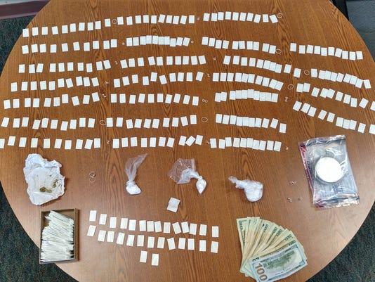 635968390786830581-drug-stash-seized.jpg