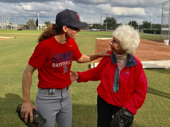 Maybelle Blair, 90, a player from the World War-II