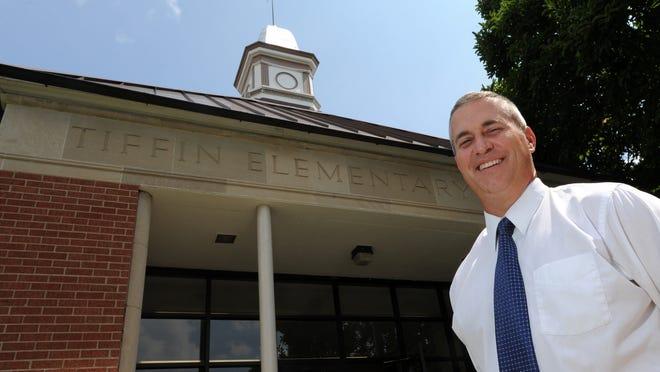 Tiffin Elementary School Principal Todd Shoemaker