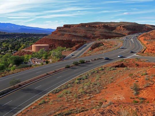 Red Hills Parkway provides access to the Sugarloaf via a parking area northwest of the formation and another to the east of it.