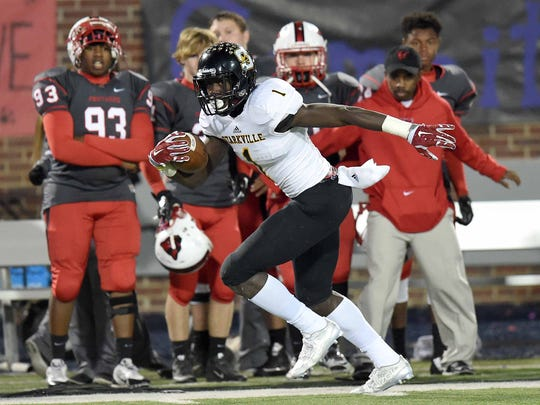 Starkville wide receiver A.J. Brown is considering Ole Miss, Mississippi State and Alabama as National Signing Day draws near.