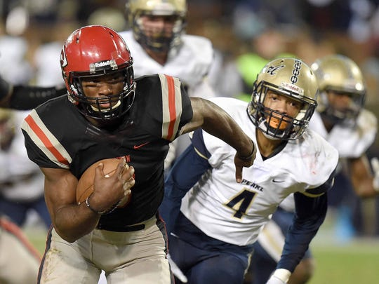 Clinton quarterback Cam Akers accounted for seven touchdowns as he and the Arrows beat Pearl 49-35 in the Class 6A championship to win the school's first title.
