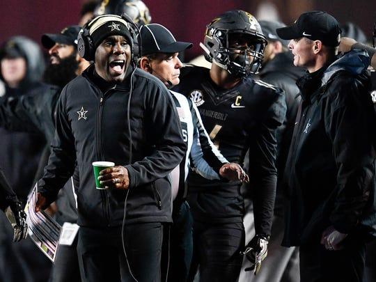 Vanderbilt head coach Derek Mason reacts during the first half against Missouri at Vanderbilt Stadium in Nashville, Tenn., Saturday, Nov. 18, 2017.