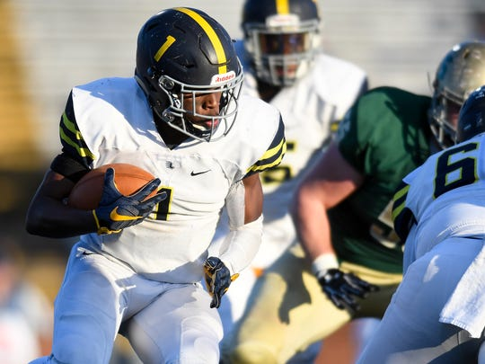 Lausanne's Eric Gray (1) advances Notre Dame during