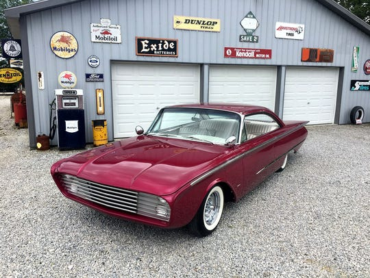 A 1960 Ford Starliner named Adonis, a clone of the