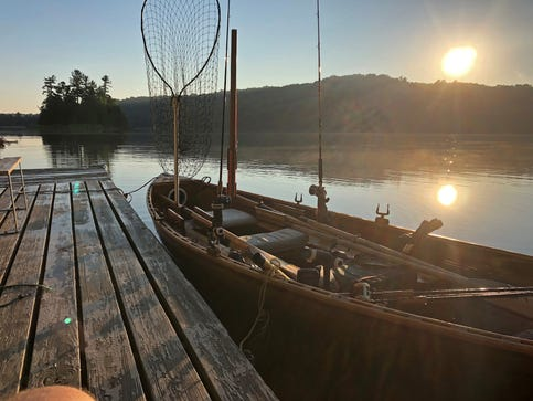 If you're seeking tranquility, not action, row-trolling muskie fishing is for you
