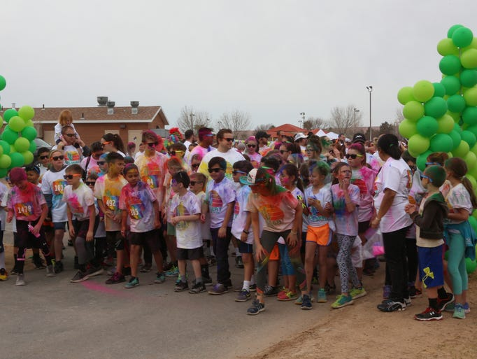 Participants gather at the starting line of the fun