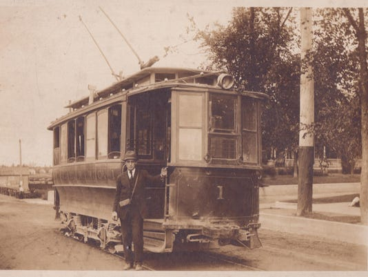trolley pic2.jpg
