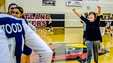 Kellie Rowland of Class B runner-up Lakewood is LSJ volleyball coach of the year