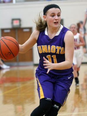 Unioto cruised past Zane Trace Tuesday night in Scioto