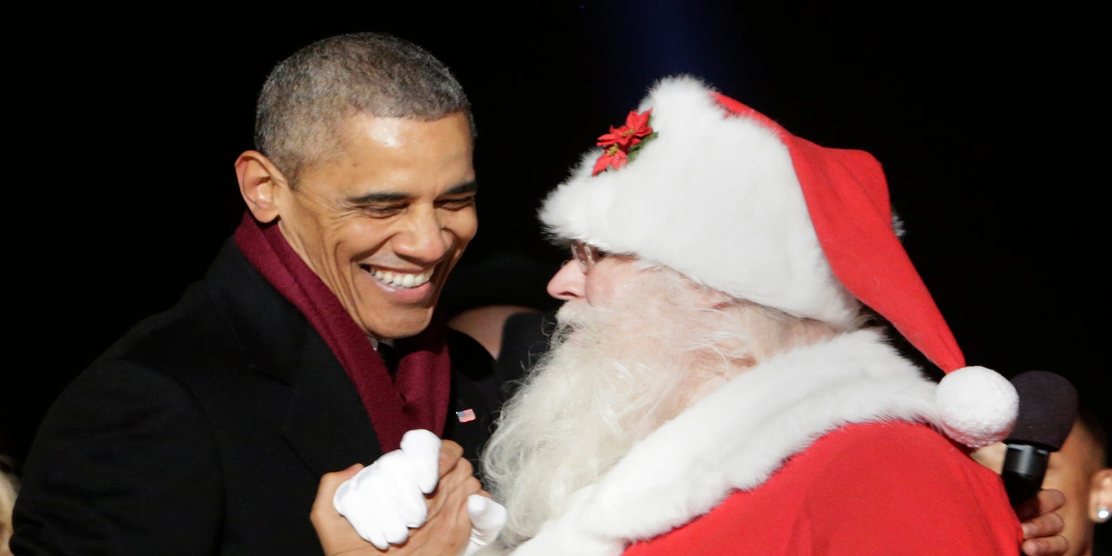 For Christmas, Obama gives feds an extra day off