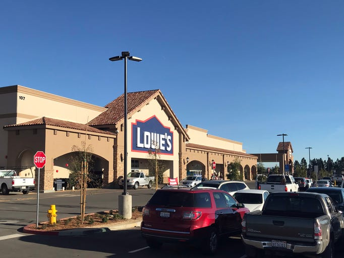 Lowe's opens its Salinas store