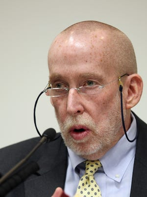 Psychiatrist Michael Taylor testifies for the prosecution in the 2010 murder trial of Mark Becker of Parkersburg.