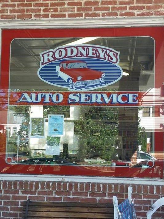 rodneys-auto-service.jpg