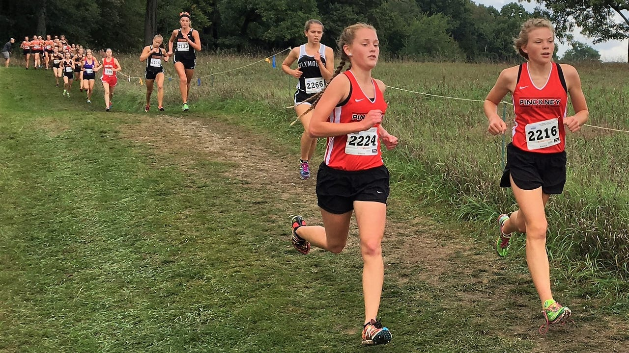 Pinckney girls' cross country runners and coach Jim Wicker talk about expectations after a fifth-place finish in the state meet last year.