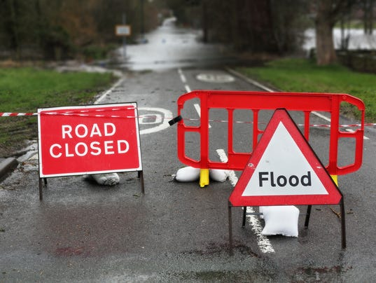 #stockphoto - Weather road closed flooded