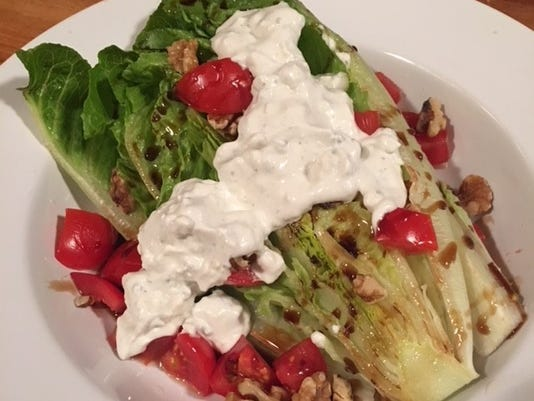 636625971098872093-Romaine-salad-fixed.jpg