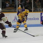 NCAA hockey: Adrian stands in way of UWSP and Frozen Four again