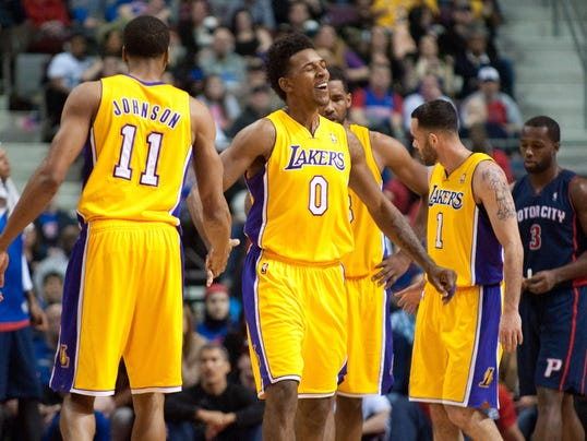 2013-11-29-lakers