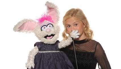 """Ventriloquist Darci Lynne Farmer, 13, wowed judges on """"America's Got Talent."""" Now this weekend, she performs in Fort Myers."""