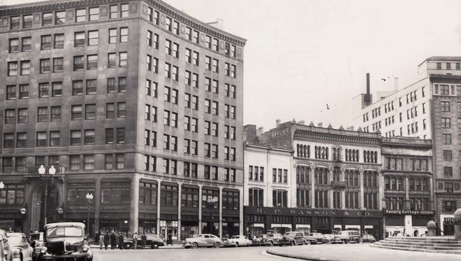 Office buildings on the southwest segment of Monument Circle, February 13, 1948.