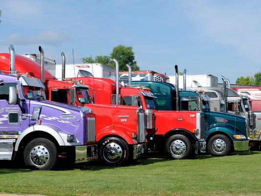 FON 080913 truck n Show 061.JPG
