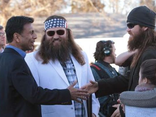 636257022618277618-Jindal-and-Duck-Dynasty.jpg