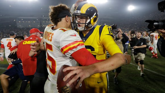 Chiefs_Rams_Football_35483.jpg
