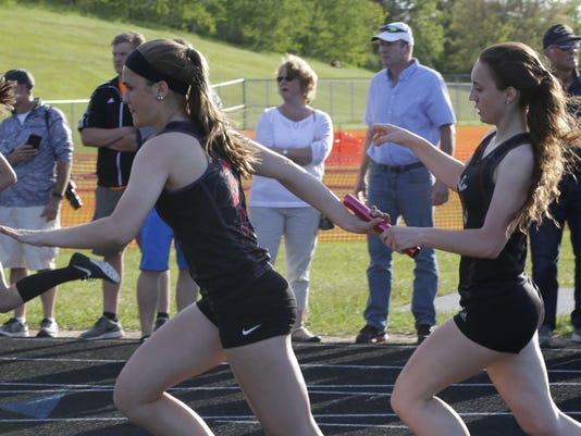 she s West Bend Track Sectionals 0526_gck-15