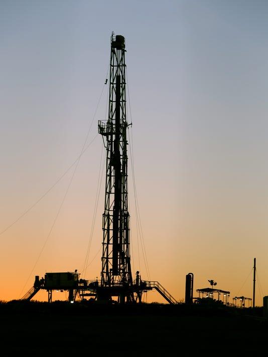 Oil! New Texas boom spawns riches, headaches