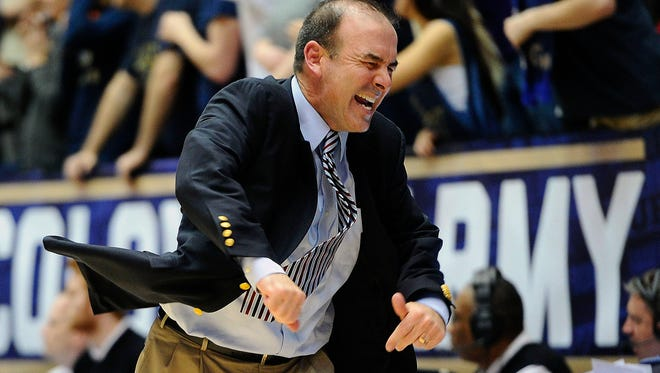 Lonergan reacts against Davidson at the Charles E. Smith Center in Washington.