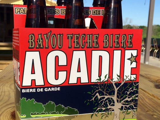 A freshly poured Acadie is highly carbonated and bronze