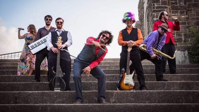 Tell Yo Mama will play a free concert at Lansing Brewing Company on Friday night.