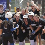 MTSU softball topples top-seeded FAU to advance to Conference USA championship game