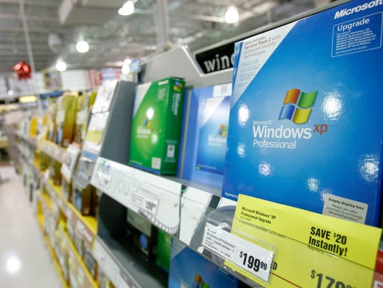 63423040-XXX_3B-WindowsXPSupportEnds-040814.JPG